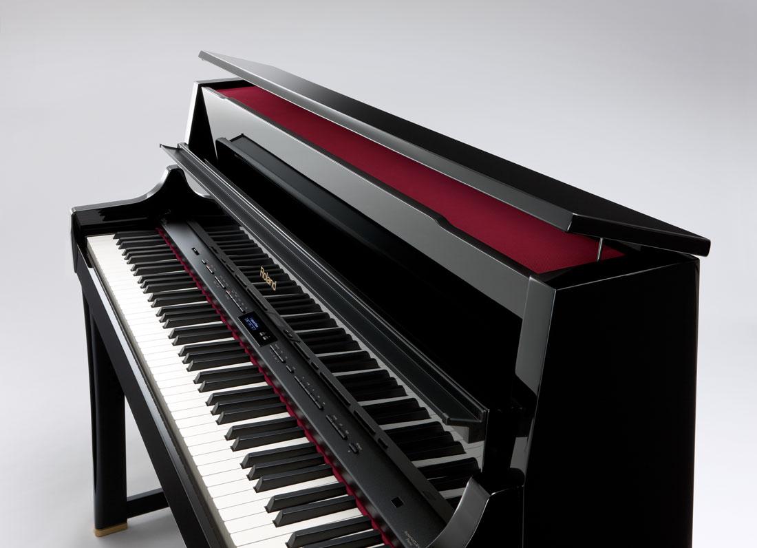 LX-15e Digital Home Piano Angle