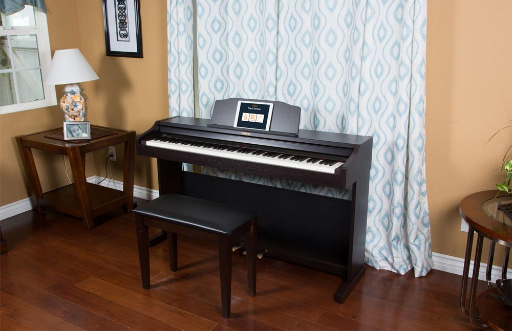 Roland RP-401R Digital Piano in Simulated Rosewood