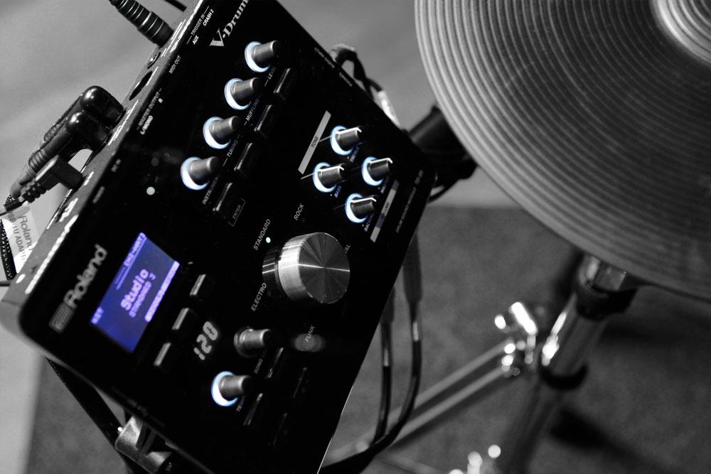 Roland TD-25KV and TD-25K V-Drums Sound Module