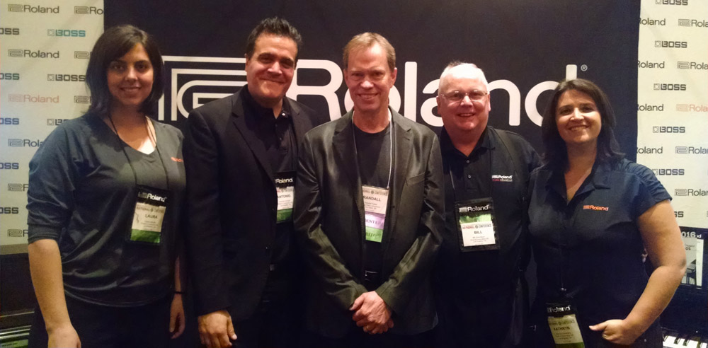 Roland piano staff with Randall Faber (center) at the 2016 MTNA National Conference